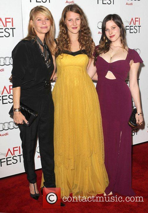 Kate Capshaw, Sasha Spielberg, Sawyer Avery Spielberg and Grauman's Chinese Theatre 3