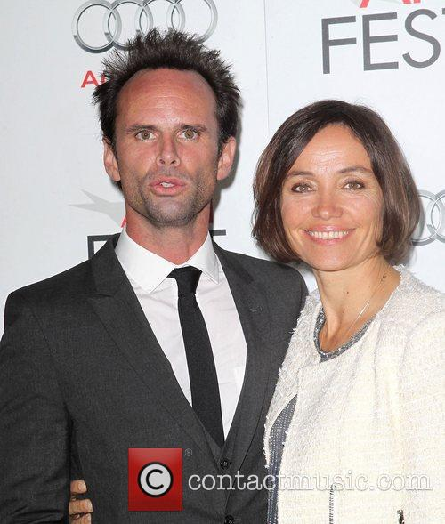 Walton Goggins, Nadia Conners and Grauman's Chinese Theatre 2