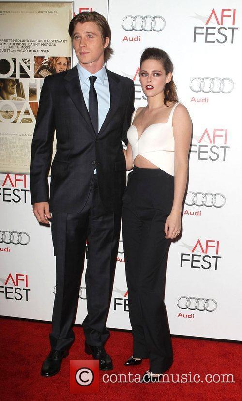 Garrett Hedlund and Kristen Stewart 7