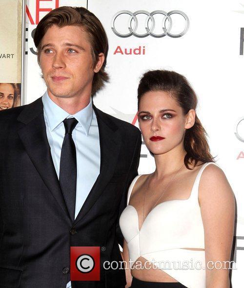Garrett Hedlund and Kristen Stewart 5