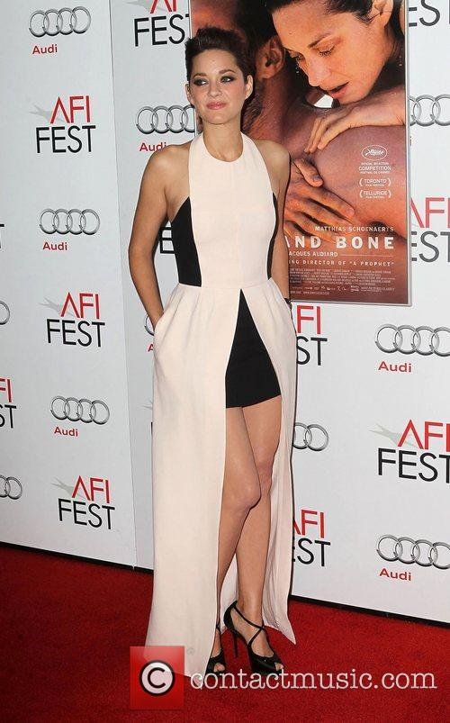 Marion Cotillard and Grauman's Chinese Theatre 11