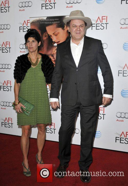 John C. Reilly, Alison Dickey and Grauman's Chinese Theatre 1
