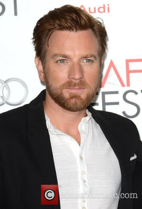 Ewan Mcgregor and Grauman's Chinese Theatre 11