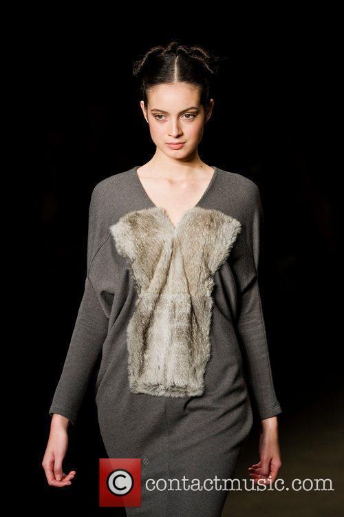 Australian Fashion Week - Fall/Winter 2012 - Hei...
