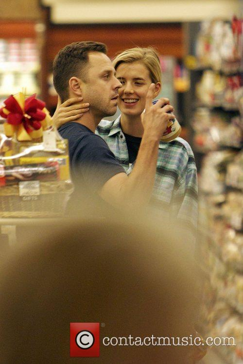 Agyness Deyn and Giovanni Ribisi 11