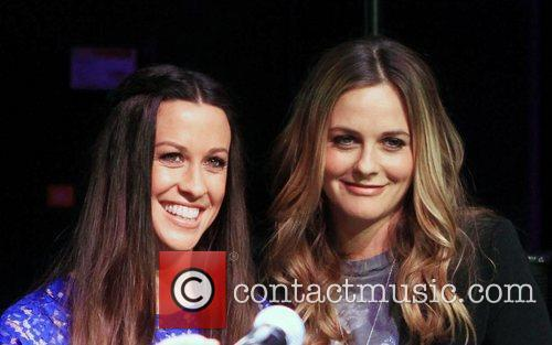 Alicia Silverstone and Alanis Morissette 2