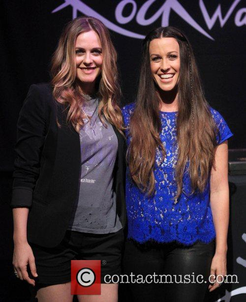 Alicia Silverstone and Alanis Morissette 6