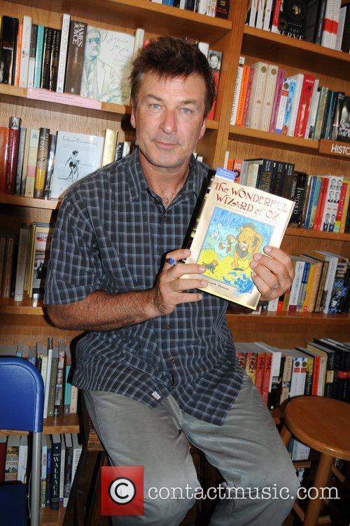Alec Baldwin returns to BookHampton for a Great...