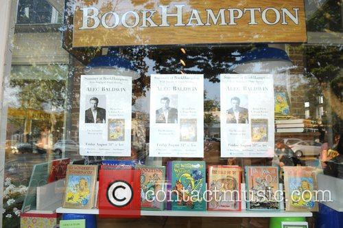 Alec Baldwin returns to BookHampton for a Great...