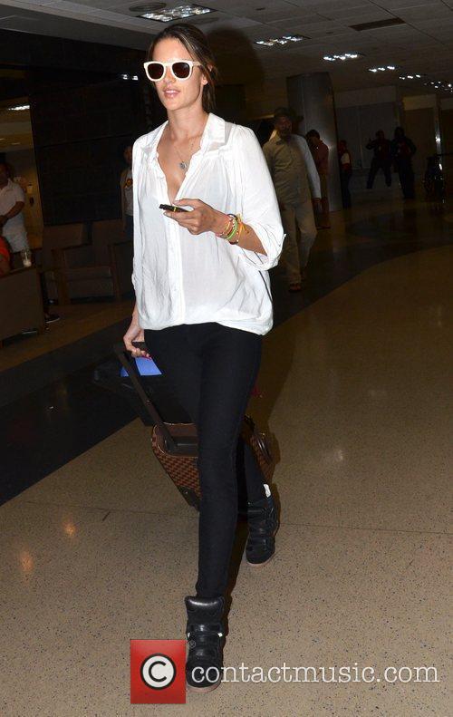 alessandra ambrosio arrives at lax airport los 3945337