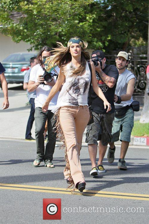 alessandra ambrosio modelling the hippy look wearing 3950498