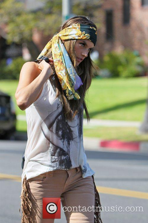 alessandra ambrosio modelling the hippy look wearing 3950502