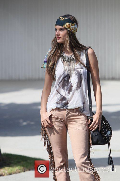Alessandra Ambrosio 54