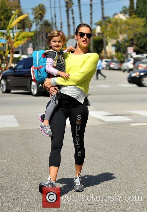 pregnant with her second child alessandra ambrosio 5813082