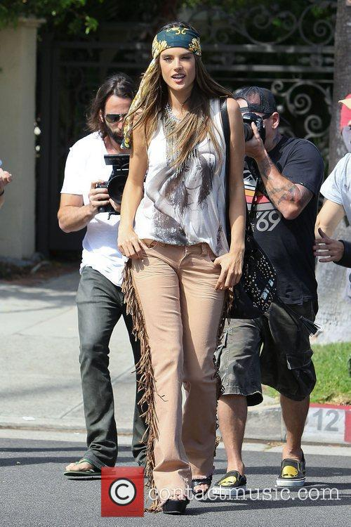 alessandra ambrosio modelling the hippy look wearing 3950523