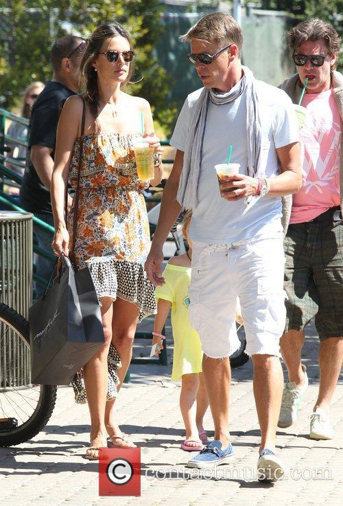 alessandra ambrosio shops in malibu with her 3982431