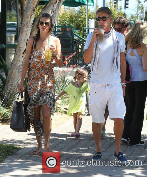 alessandra ambrosio shops in malibu with her 3982433