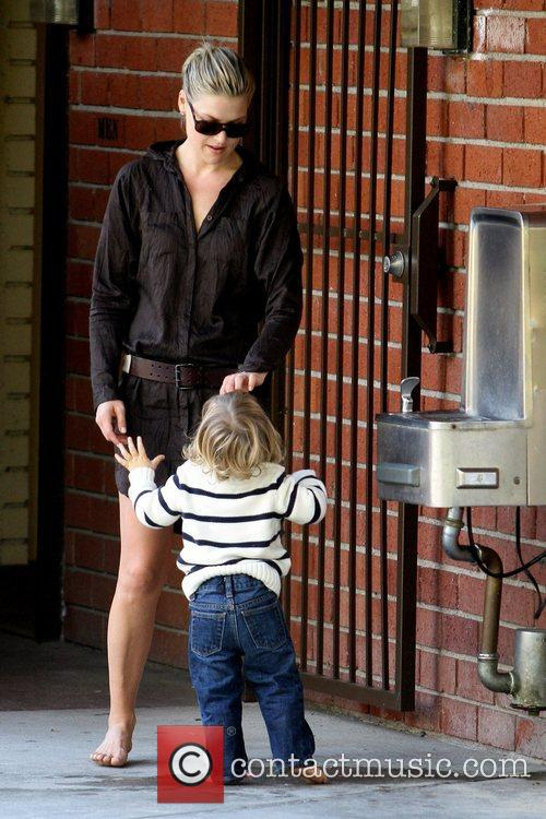 Ali Larter and Theodore Macarthur 11