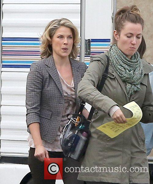 ali larter on the set of youre 4177258