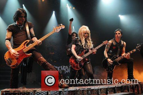 Chuck Garric, Orianthi and Tommy Henrikson Alice Cooper...