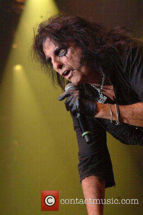 Alice Cooper and Wembley Arena 10