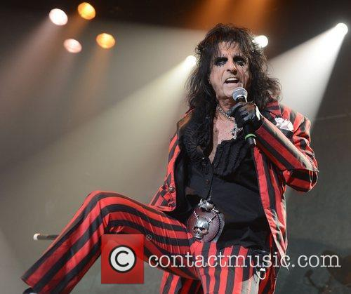 Alice Cooper and Wembley Arena 11