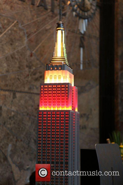 Empire State Building to Shine orange and yellow...