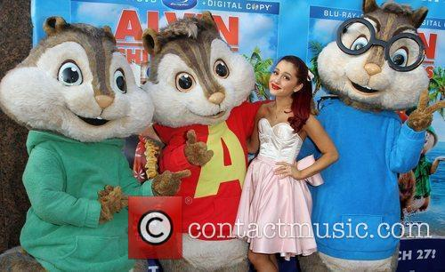 Ariana Grande and El Rey Theatre 8