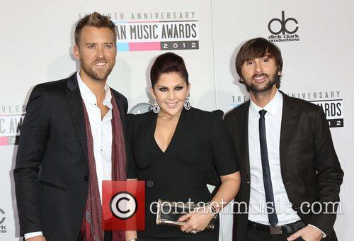 Charles Kelley, Hillary Scott, Dave Haywood and Lady Antebellum 2
