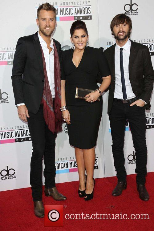 Charles Kelley, Hillary Scott, Dave Haywood and Lady Antebellum 1