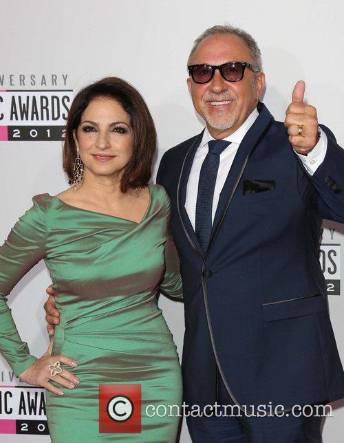 Gloria Estefan, Emilio Estefan and Jr 3