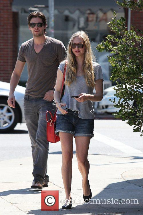 actress amanda seyfried seen out with a 5904437