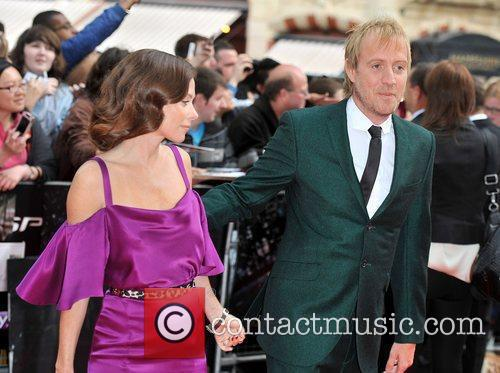 Rhys Ifans and Anna Friel 12