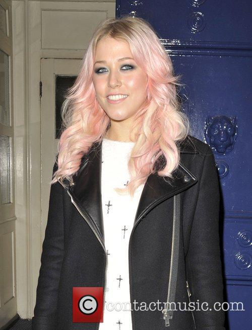 amelia lily arriving at the theatre royal 4175655