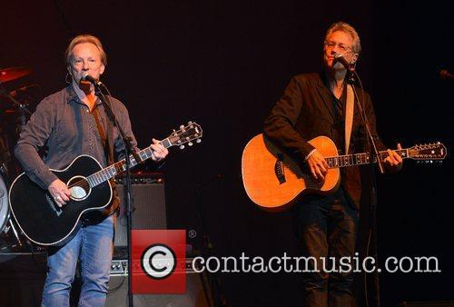 Gerry Beckley and Dewey Bunnell 10
