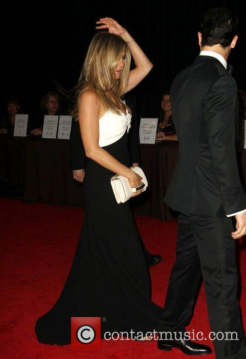 Justin Theroux and Jennifer Aniston 9
