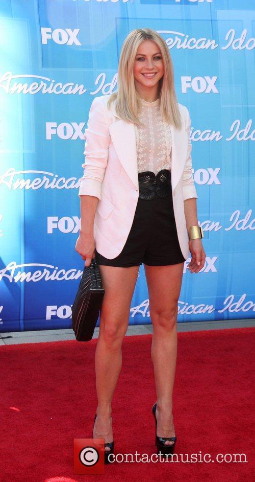 julianne hough american idol season 11 grand 3903625