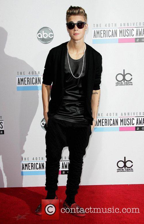 Justin Bieber AMA Awards 2012