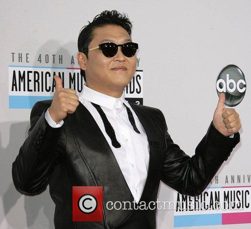 psy aka park jae sang the 40th anniversary 5954586