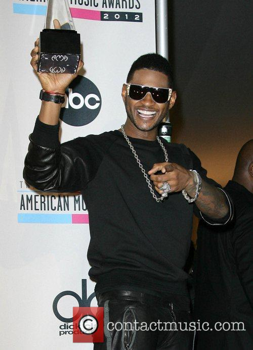 Usher and American Music Awards 7