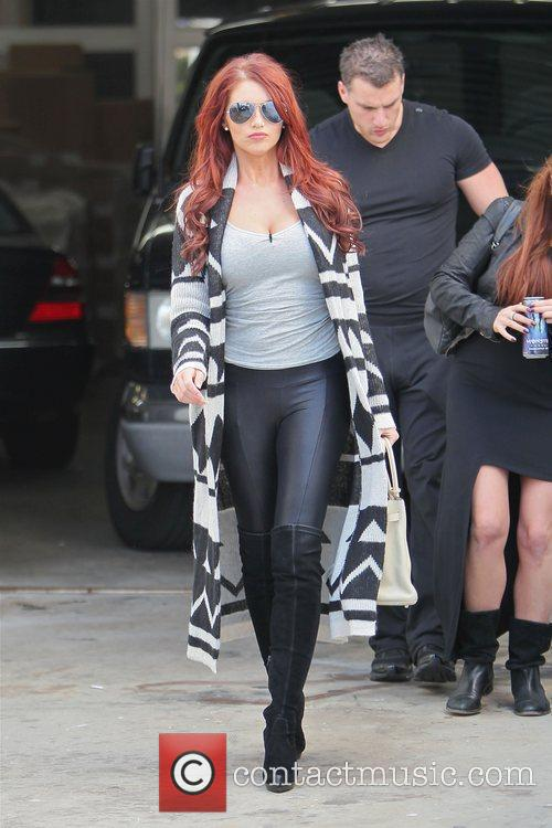 Amy Childs takes a Hollywood Movie Stars Homes...