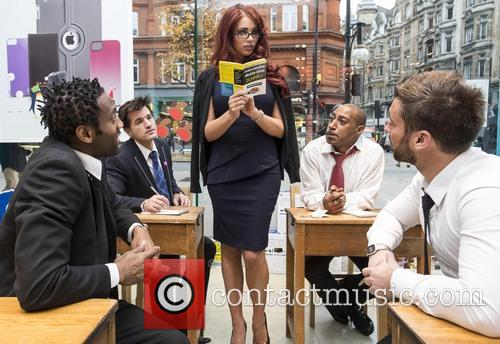 Amy Childs, Carphone Warehouse, Geek Squad, Understanding Mobile Data, Data, Dummies, London and Oxford Street 6