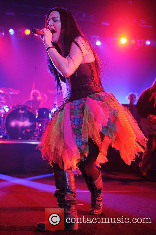 Amy Lee, Evanescence and Hard Rock Hotel And Casino 8