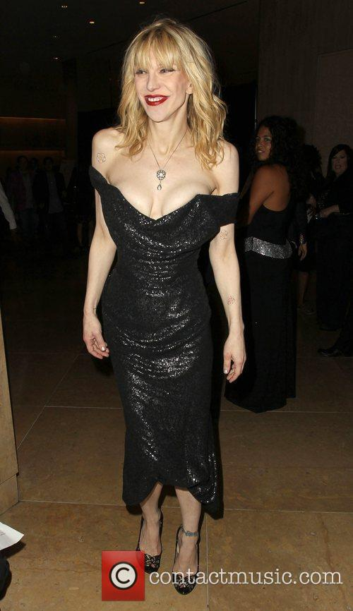 Courtney Love and Beverly Hilton Hotel 5