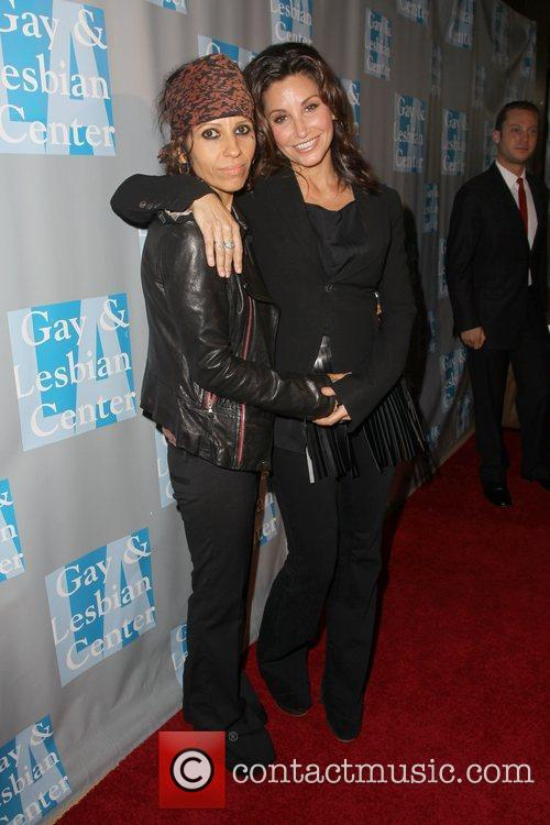 Linda Perry, Gina Gershon and Beverly Hilton Hotel 5