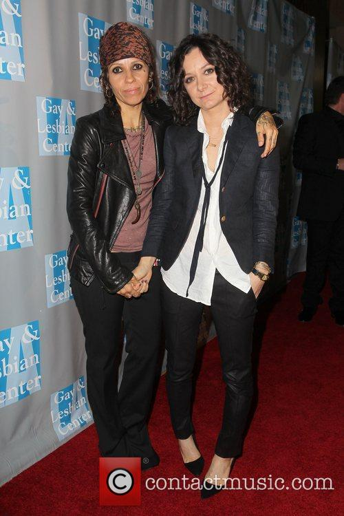 Linda Perry, Sara Gilbert and Beverly Hilton Hotel 7