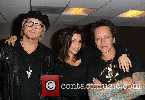 Gina Gershon, Billy Morrison and Beverly Hilton Hotel 4