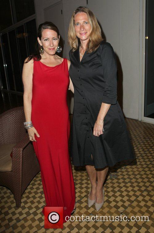 joely fisher and betsy butler the la 3892433