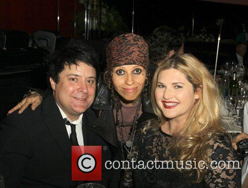 Linda Perry and Beverly Hilton Hotel 7
