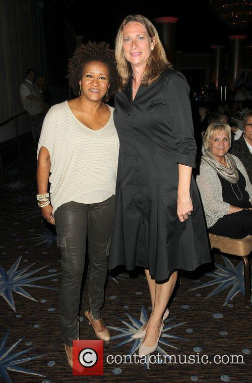 Wanda Sykes and Beverly Hilton Hotel 3